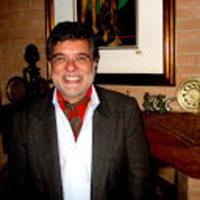 Francisco 2Di Biase photo com cachecol